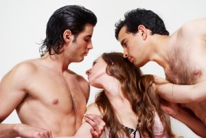 Swingers Guide: Open Marriage vs. Swinging